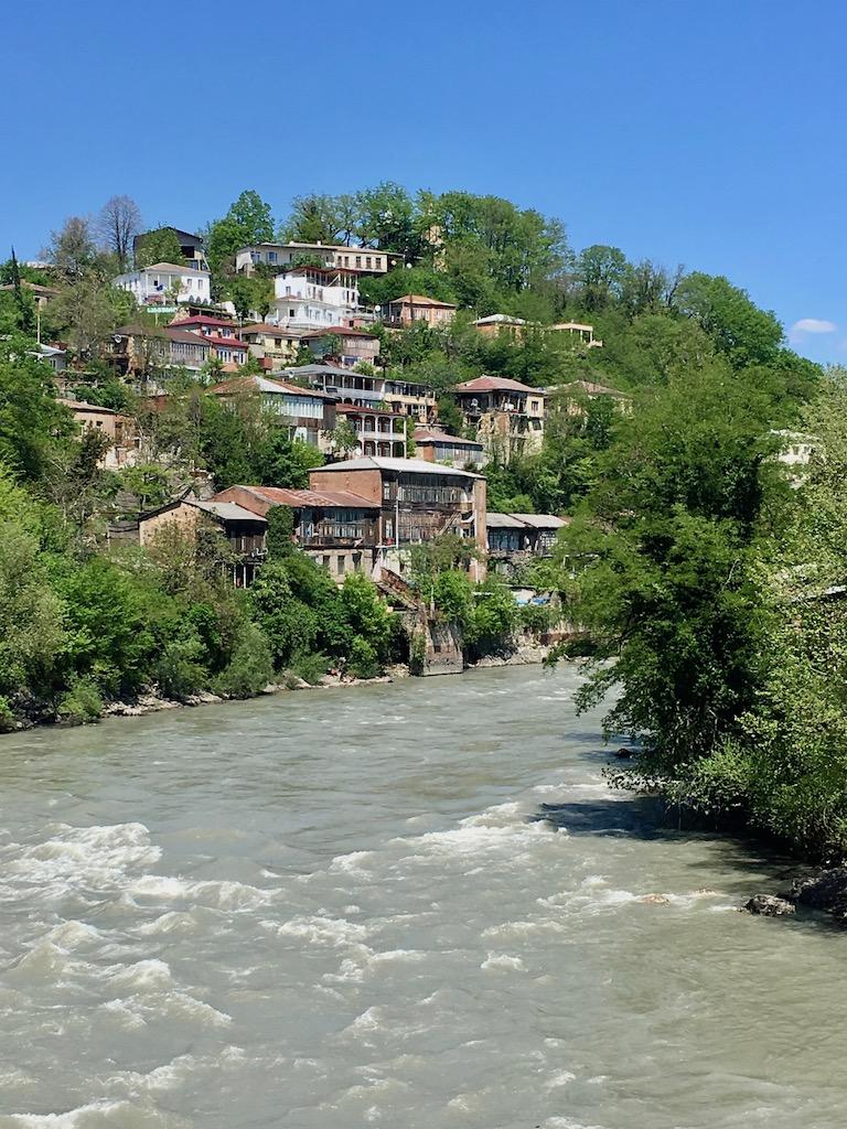 wohnen am Fluss in Kutaissi - Imeretien