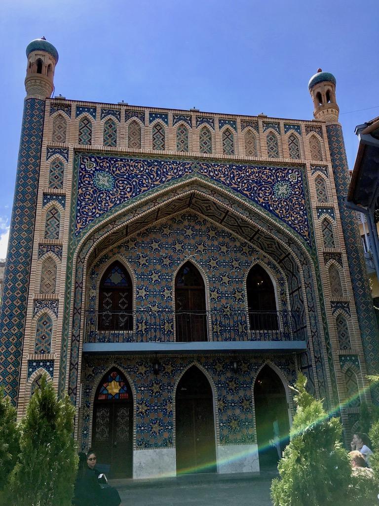 Fassade des Blauen Bads im Bäderviertel in der Altstadt von Tiflis - Kartli