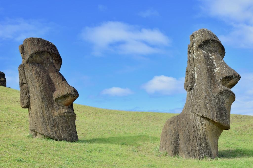 Reise - Urlaub - Restaurants - Natur - Urlaub in Chile - Urlaub auf der Osterinsel - Individualreise - Sehenswürdigkeiten - Urlaub in Südamerika - Landschaft - Sightseeing - Wandern - Aktivurlaub - Vulkane - Kultur - Küste - archäologische Stätten - Polynesien - Pazifik - Südsee