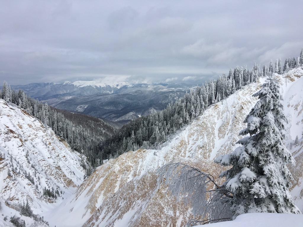 Winterurlaub in den Karpaten – Schneewandern im Apuseni-Gebirge