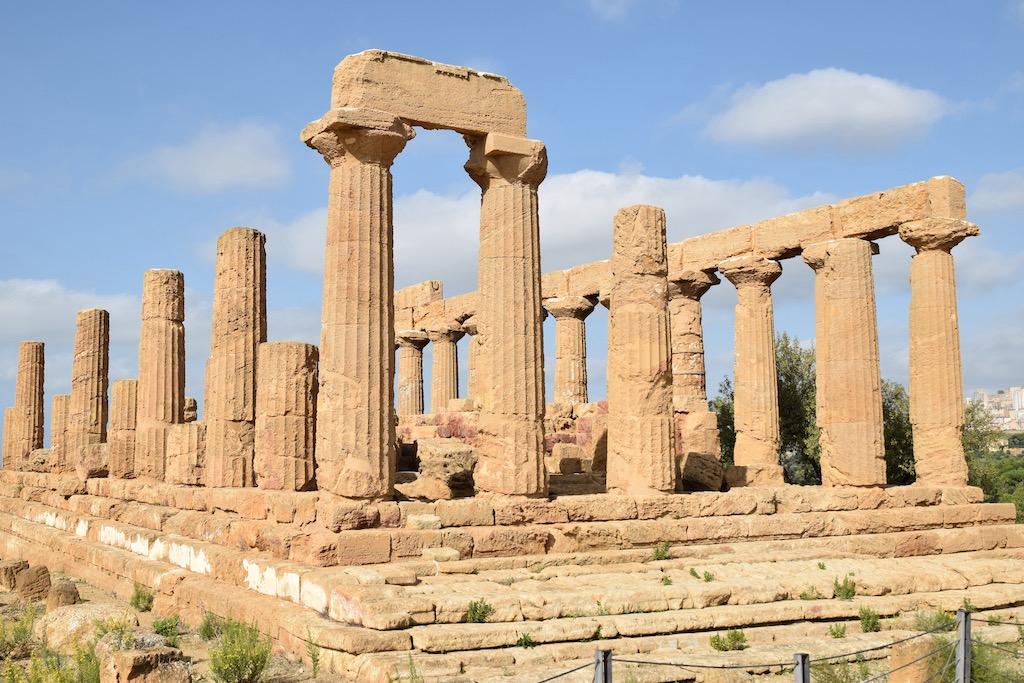 Ruine eines griechischen Tempels