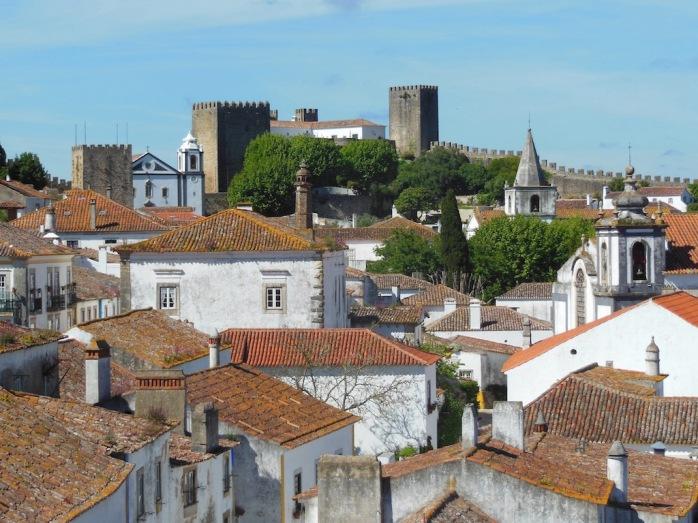 Altstadt mit Stadtmauer und Türmen