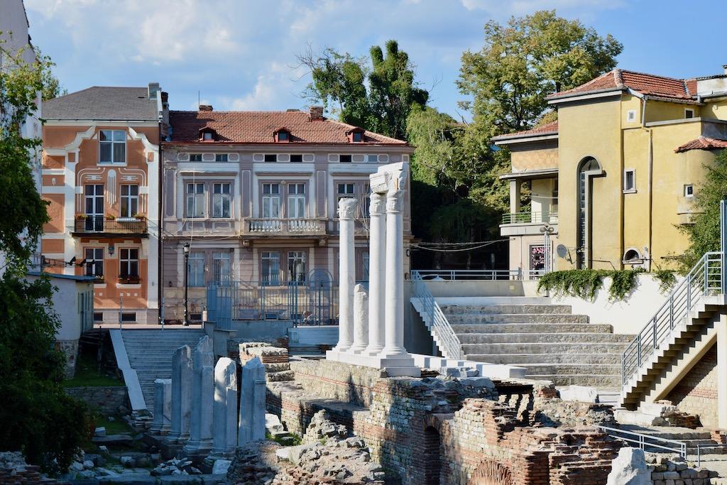 Ruinen und Häuser