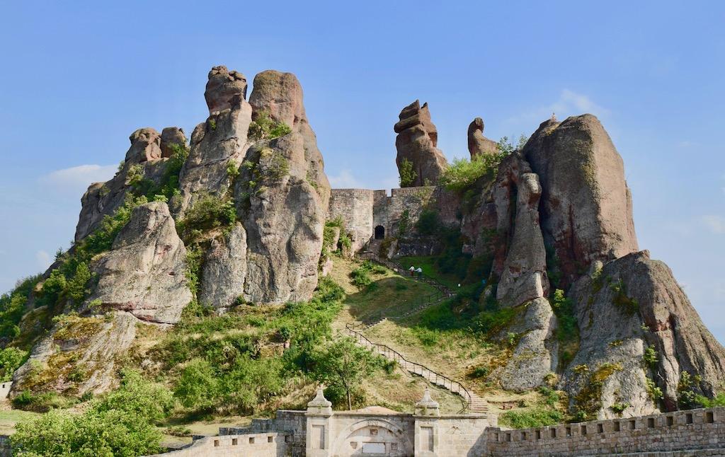 Festung und Felsformation