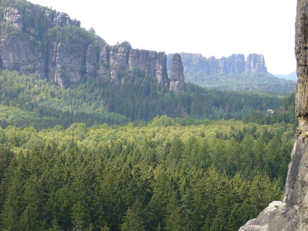 Naturparadiese auf 5 Kontinenten  Ich habe hier die 15 Naturparadiese dieser Erde herausgesucht, die mir am besten gefallen haben. Ob nah oder fern, hier findest du Beispiele für faszinierende Natur auf allen 5 Kontinenten. #ReiseNaturparadiese #UrlaubNatur #Nationalparks #Individualreise
