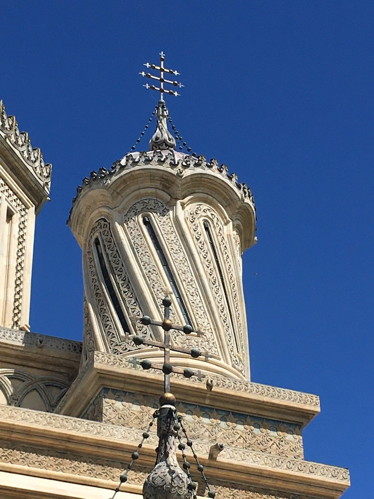 Turm einer orthodoxen Kirche